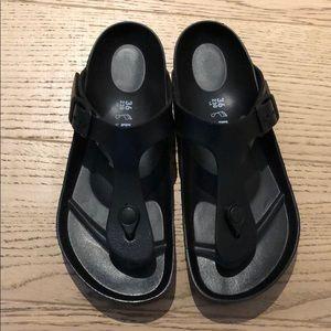 NWOT Birkenstock Gizeh Eva sandals 💕